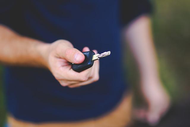 שכפול ושחזור מפתחות לרכב